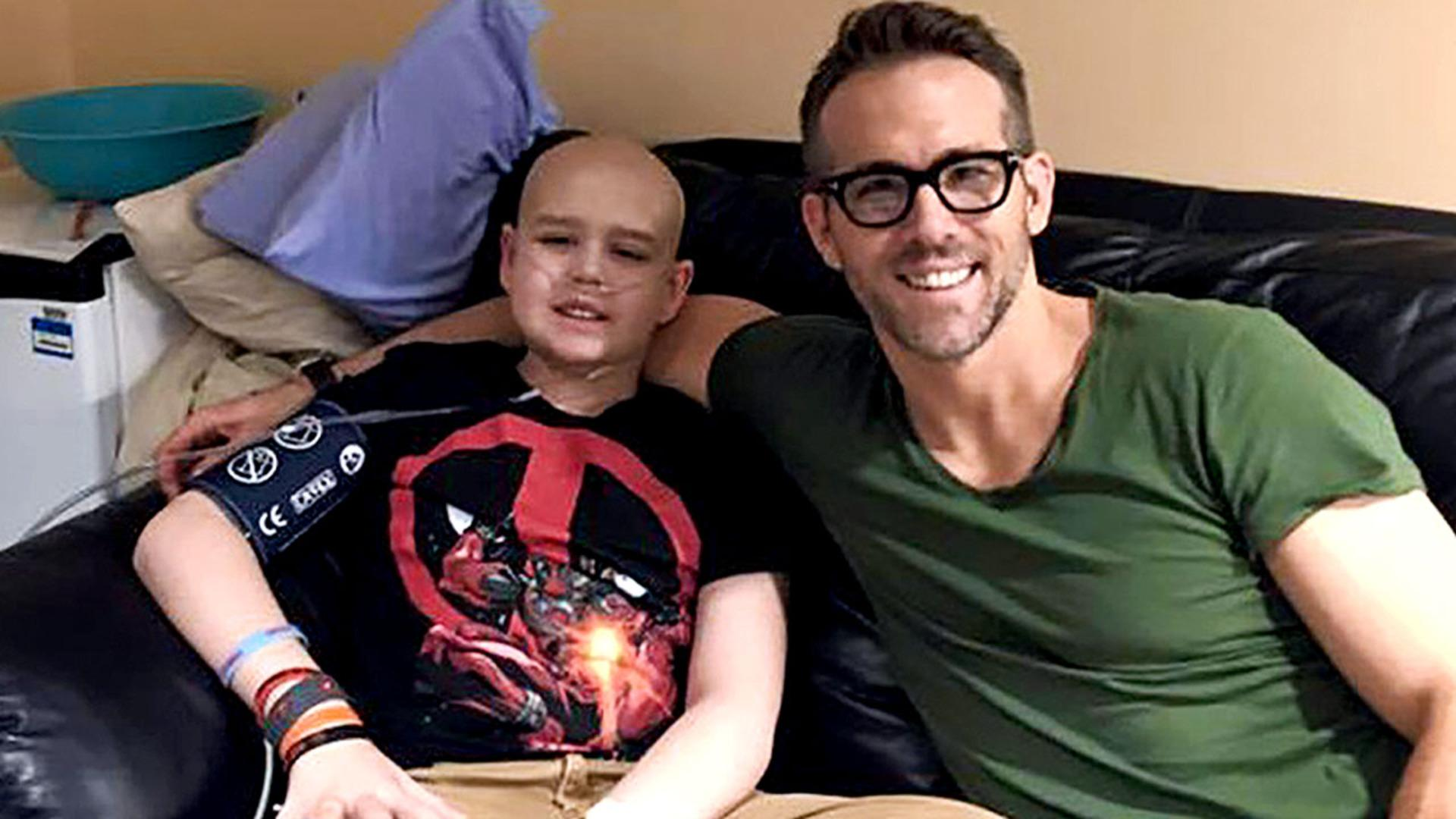 Ryan Reynolds Remembers 13 Year Old Boy Who Died of Cancer