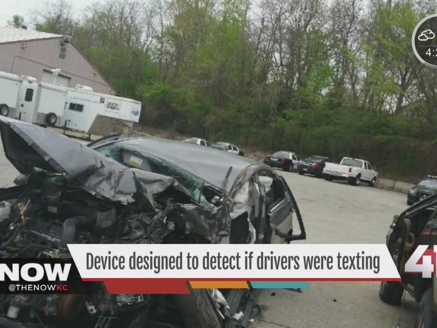 Device designed to detect if drivers were texting