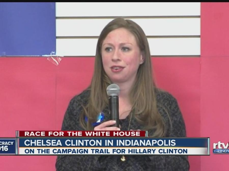 Chelsea Clinton campaigns for her mom in Indiana