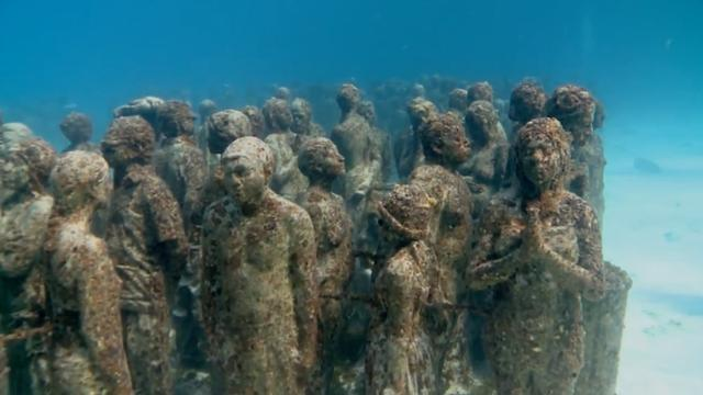 10 Eerie Man-Made Things Found Underwater
