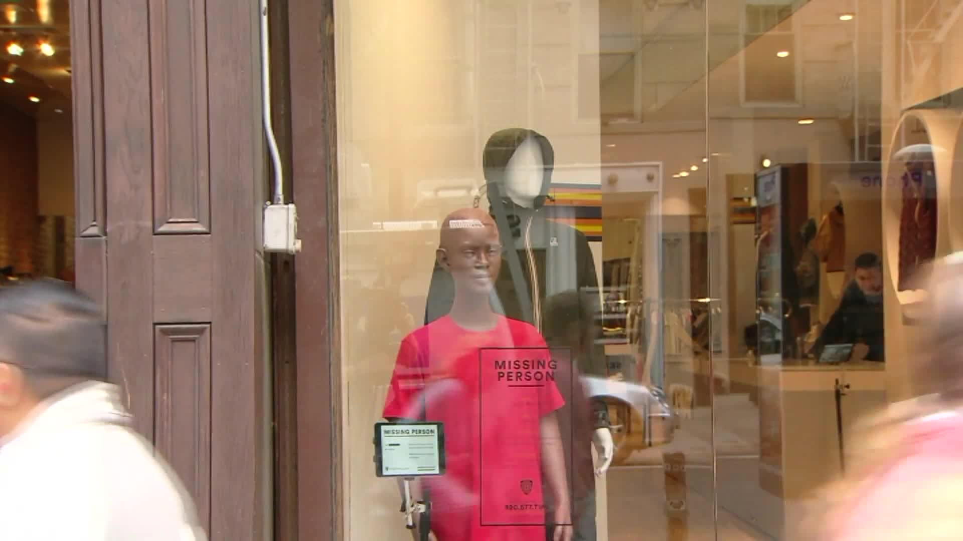 NYPD Using Mannequins In Hopes of Finding Missing Children