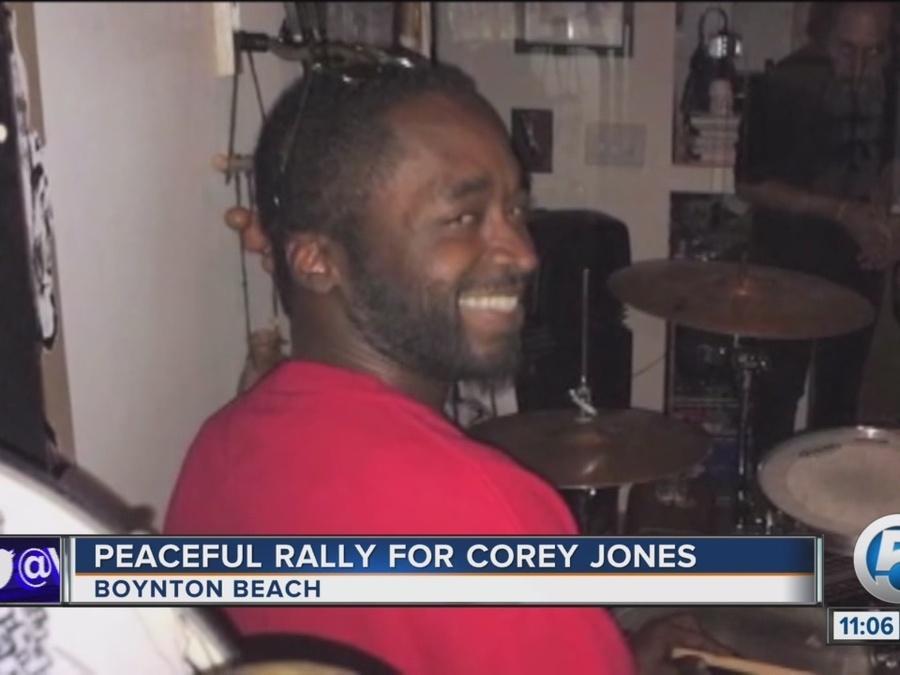Peaceful rally held for Corey Jones
