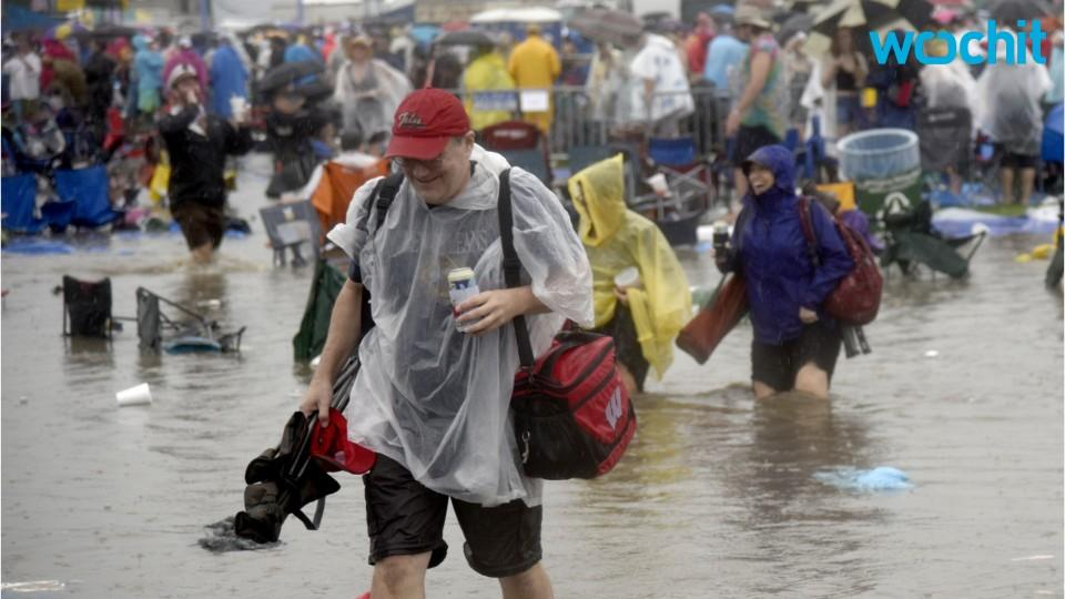 Jazz Fest Continues Despite Extreme Thunderstorms