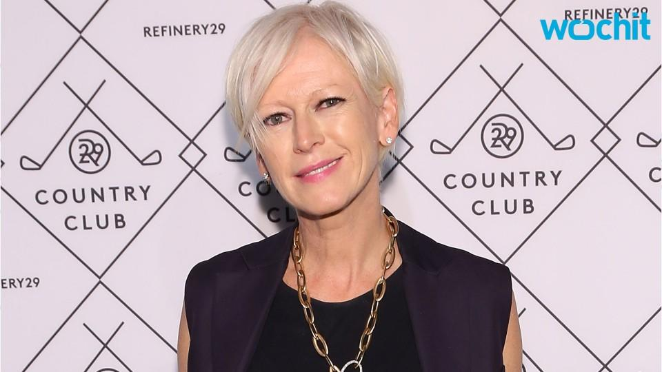 Cosmo Editor Joanna Coles Set to Pen Book of Love
