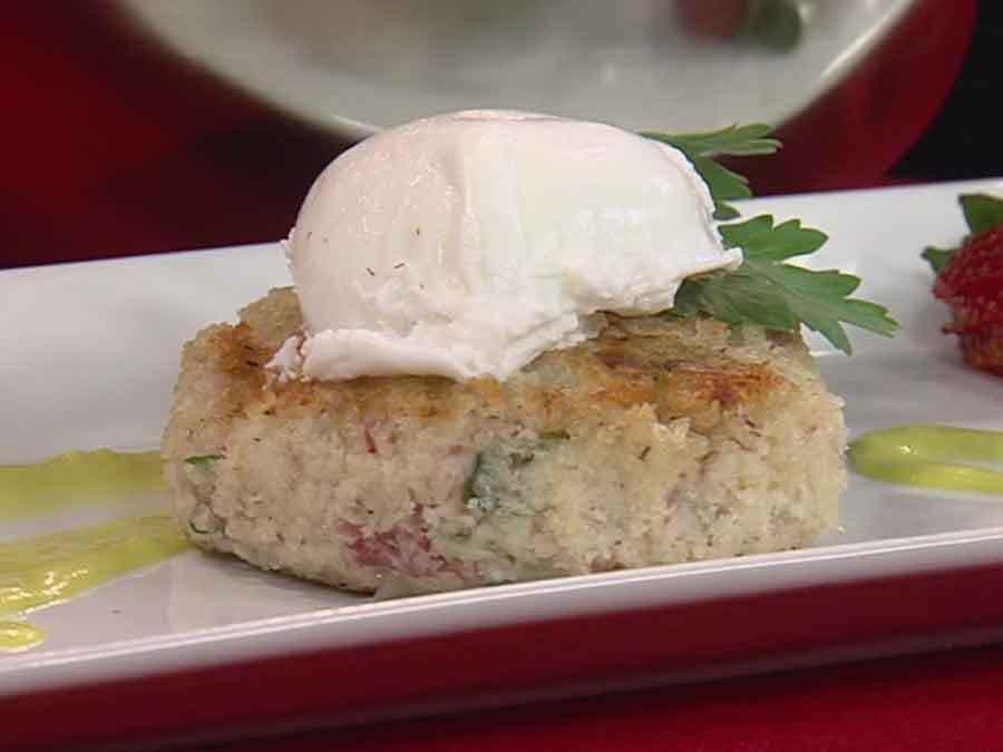 Corned Beef Hash Cake Benedict recipe