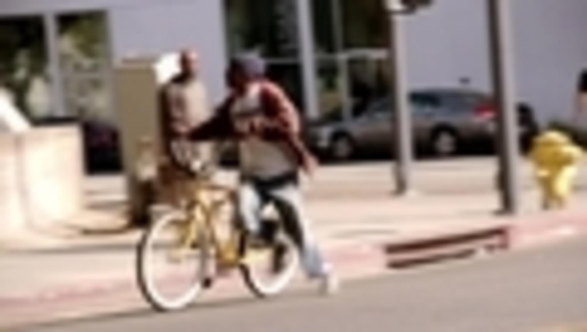 Bicycle Thief Outrunning Police