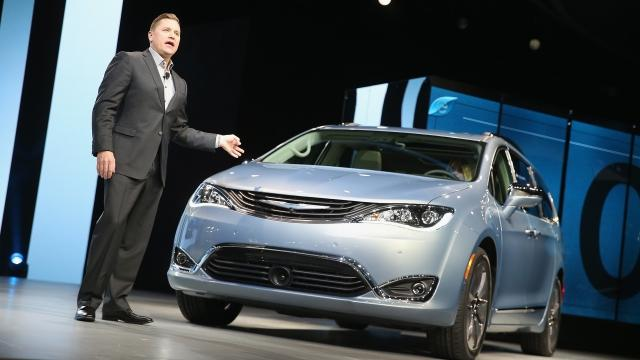Google and Fiat Chrysler Join Forces to Make Self-Driving Minivans