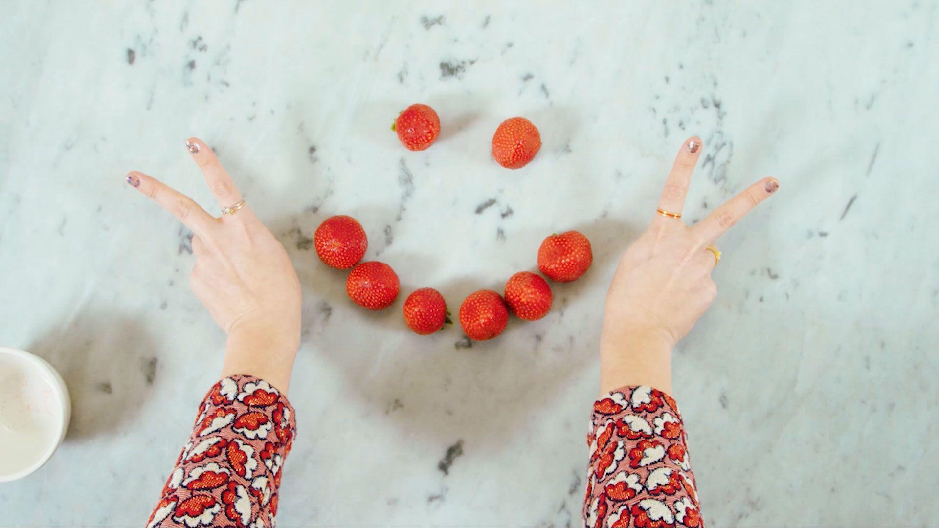 How to Make Strawberry Cheesecake Bites