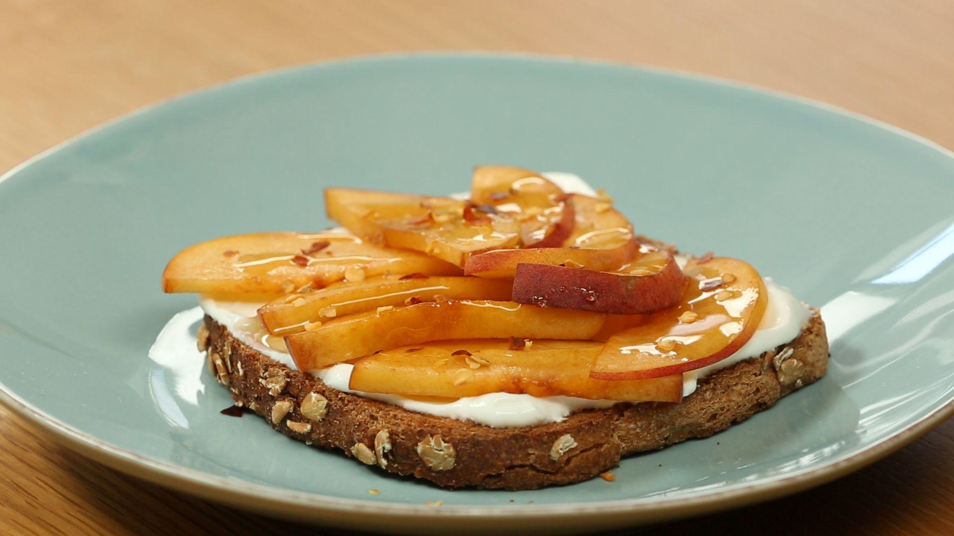 How to Make Healthy Spicy and Sweet Toast for Breakfast