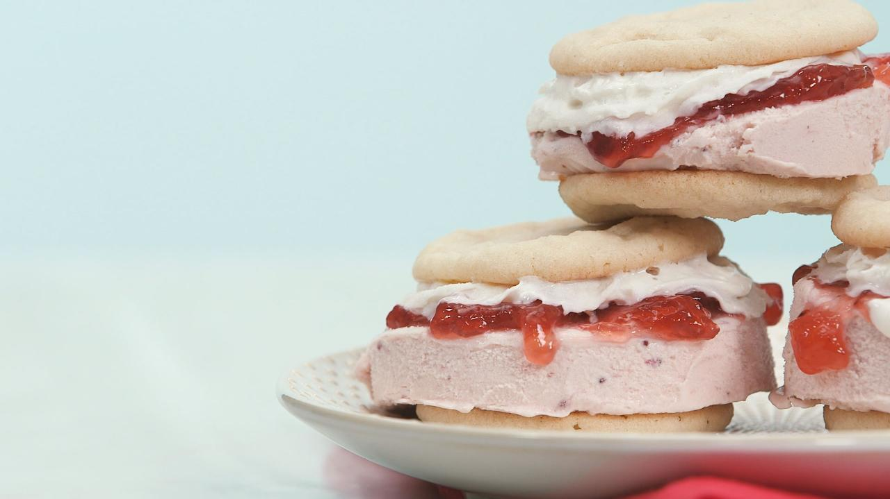 Strawberry Shortcake Ice Cream Sandwich Recipe