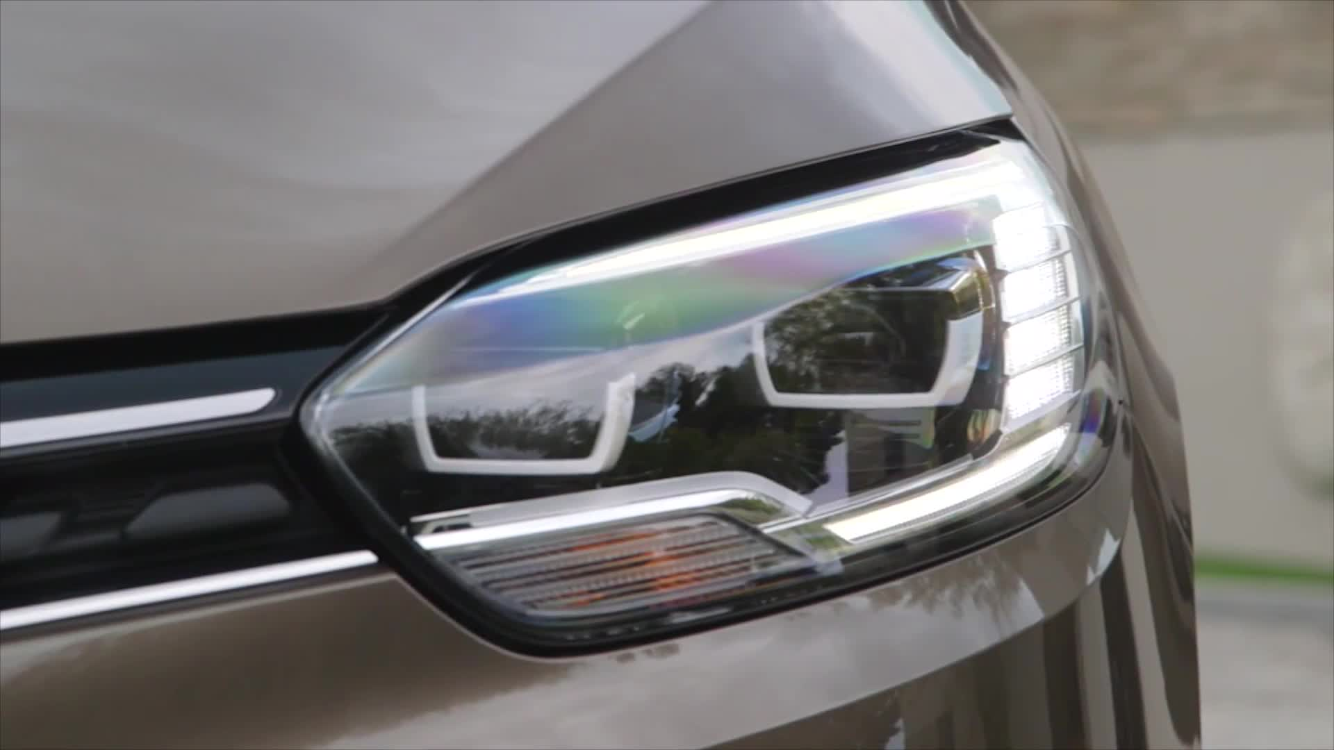 New 2016 Renault GRAND SCENIC Exterior Design