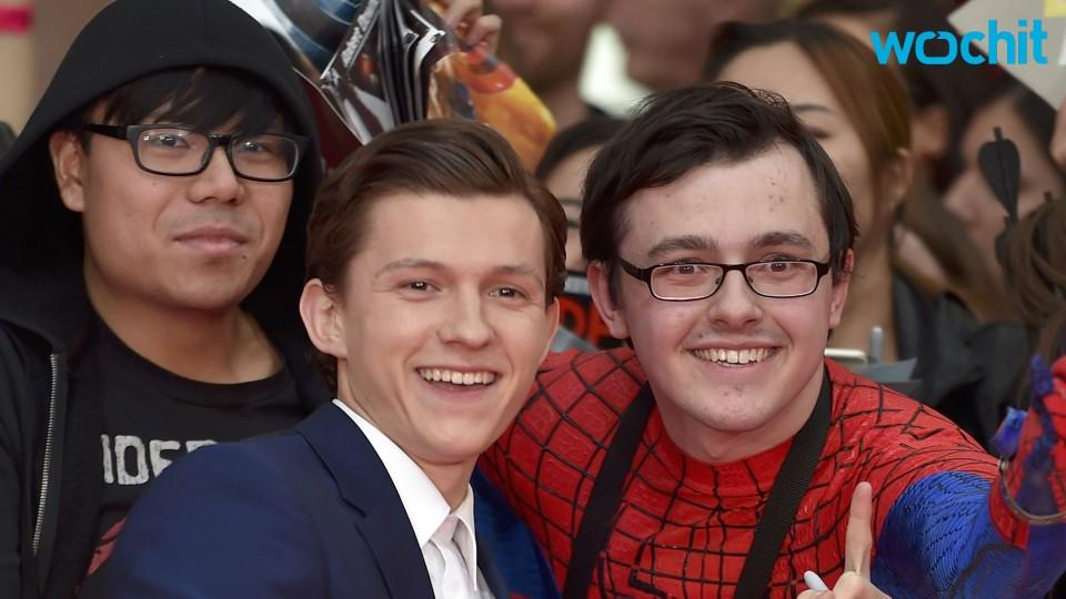 """Tom Holland Says Pressure By Spider-Man's Fans """"Motivates Him to Work Even Harder"""""""
