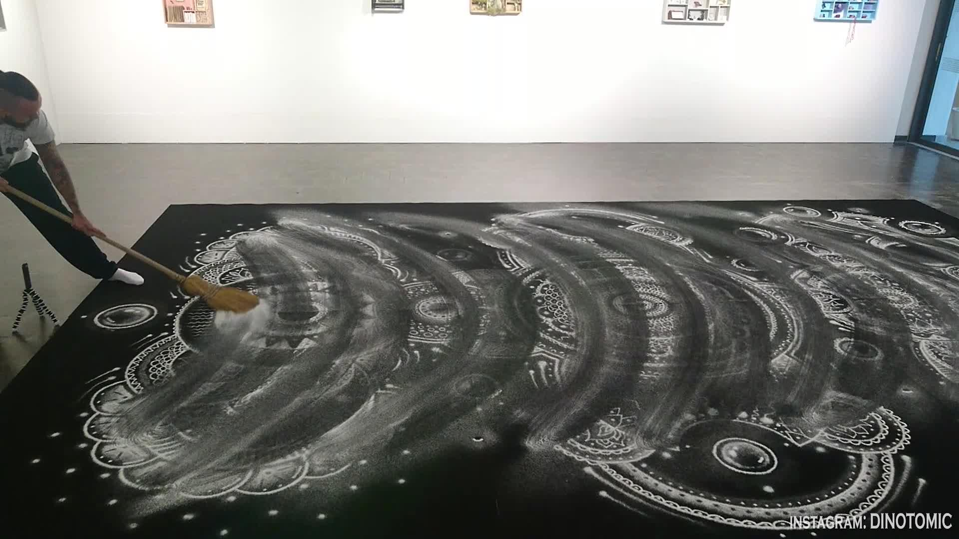 Artist creates world's largest salt-based mandala