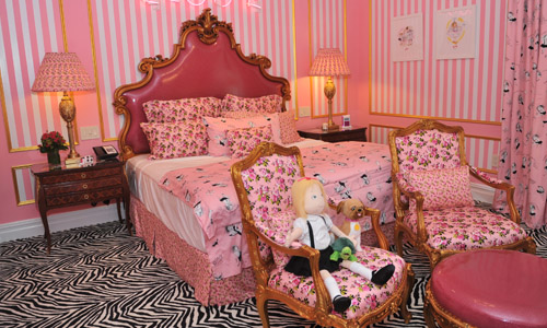 6 Hotel Rooms That Bring Your Fantasies to Life
