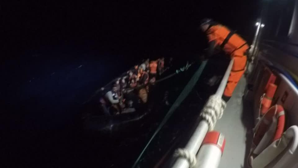 Norwegian ship rescues Afghan migrants at sea