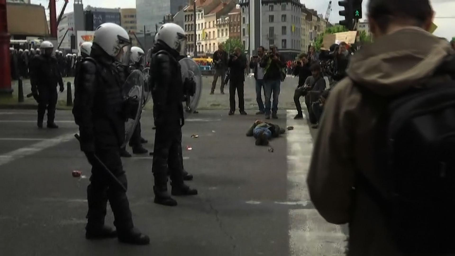 Raw: Belgians Clash at Anti-Austerity Protest