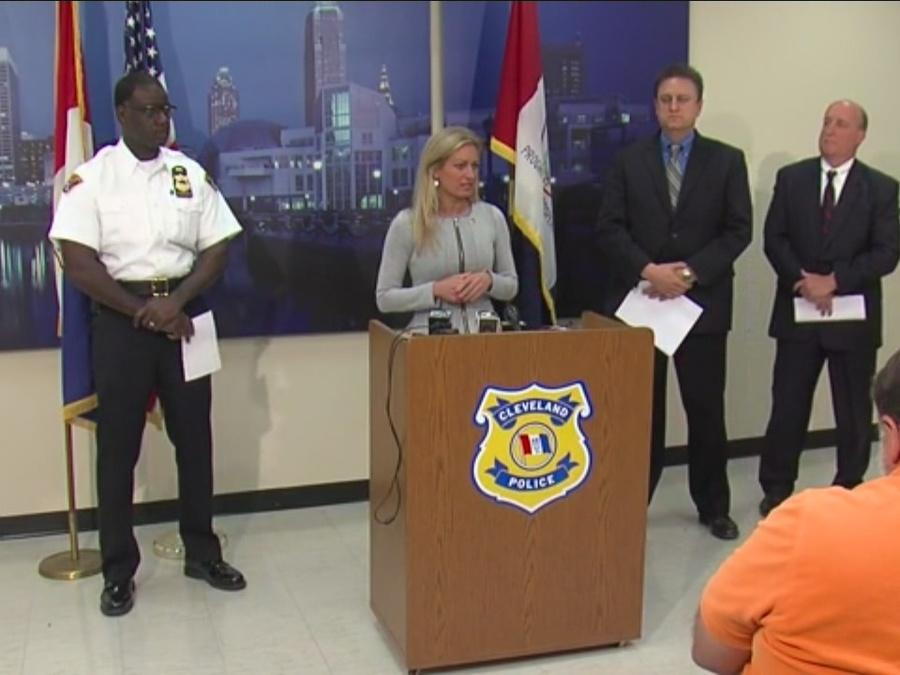 Press conference for 6-year-old abducted in Cleveland