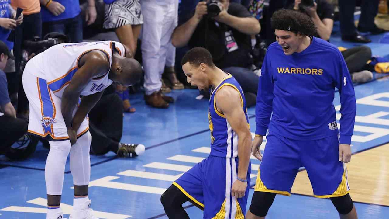 Thompson, Curry Save Warriors Season
