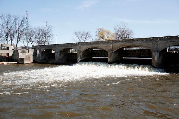 Cost of replacing Flint's pipes nearly double estimates