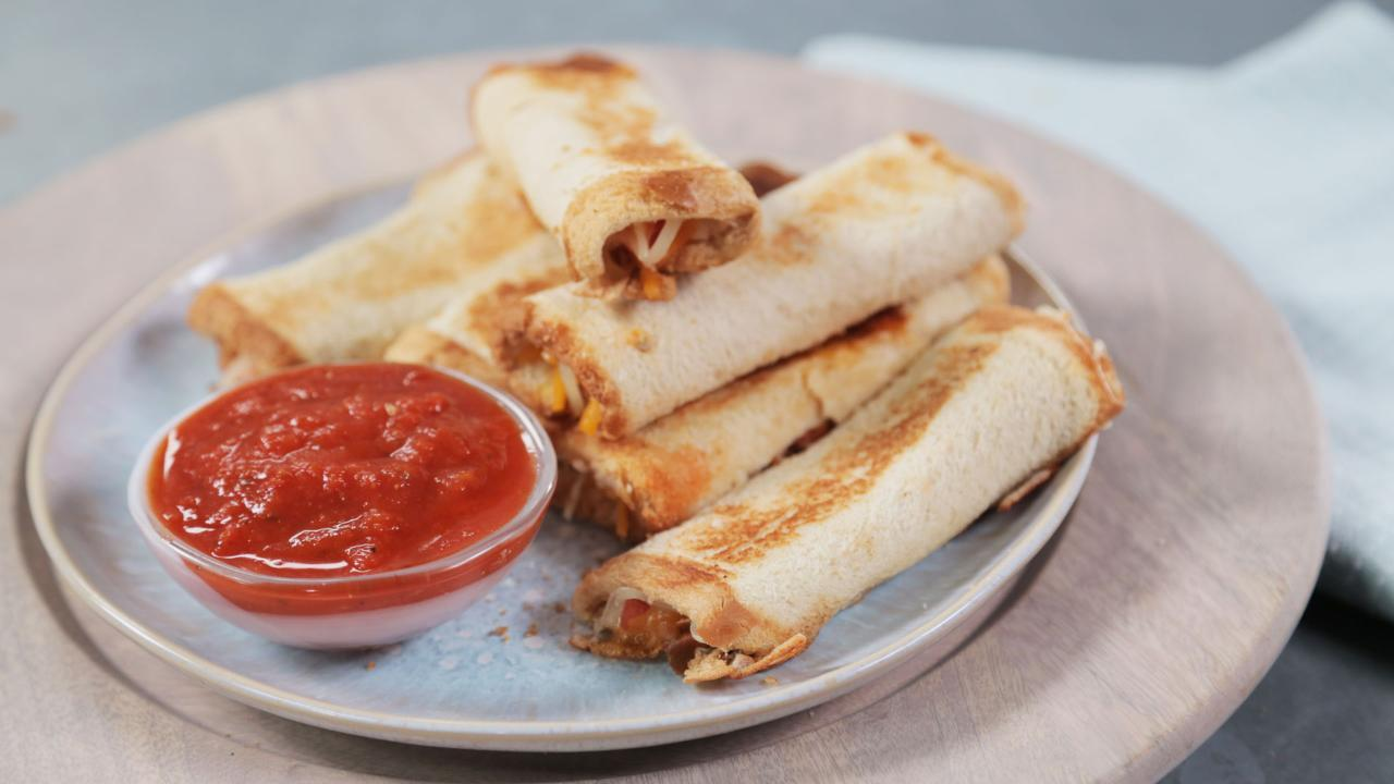 Grilled Tomato & Cheese Roll-Ups