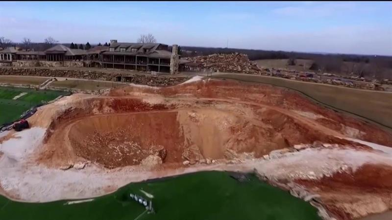 Sinkhole on Missouri Golf Course Uncovers Amazing Underworld