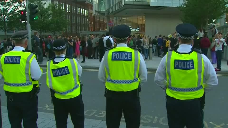 London campaigners hold pro-migrant protest after Brexit