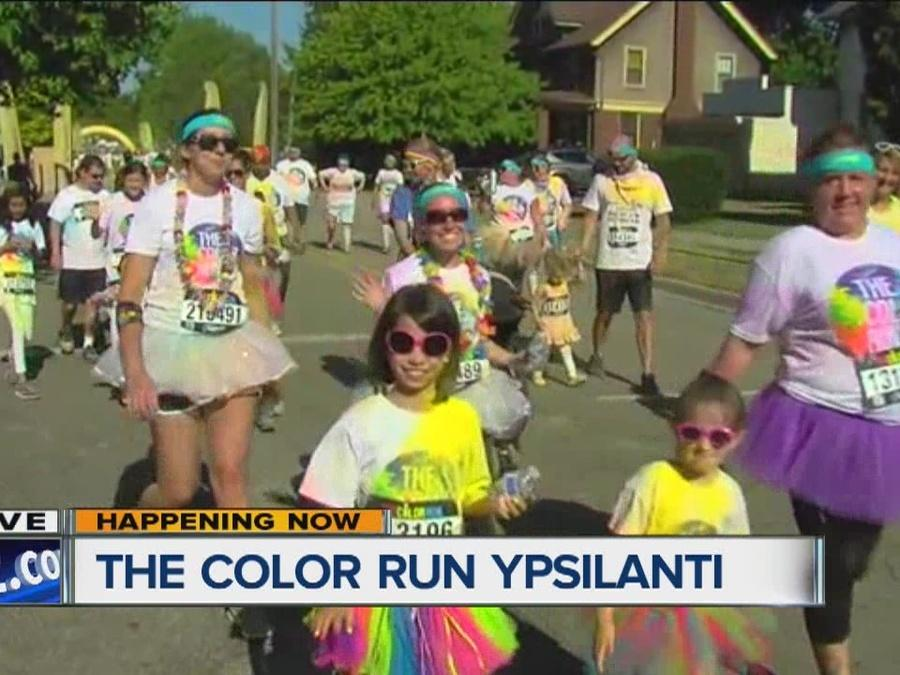 Color Run 2016 takes over Ypsilanti
