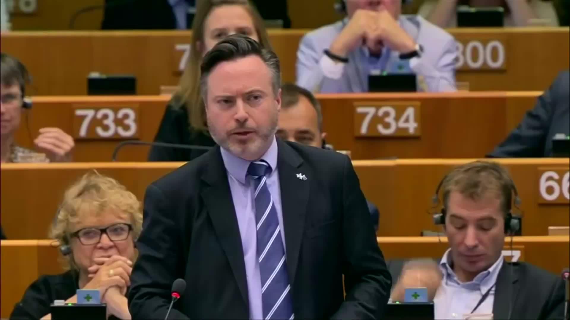 """""""Don't let Scotland down,"""" SNP urges EU parliament"""