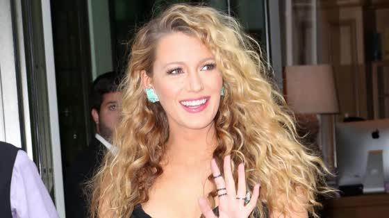 Blake Lively Stole Ryan Reynolds' Trainer