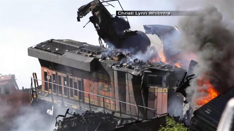 Three Crew Members Unaccounted For After 2 Trains Collide in Texas