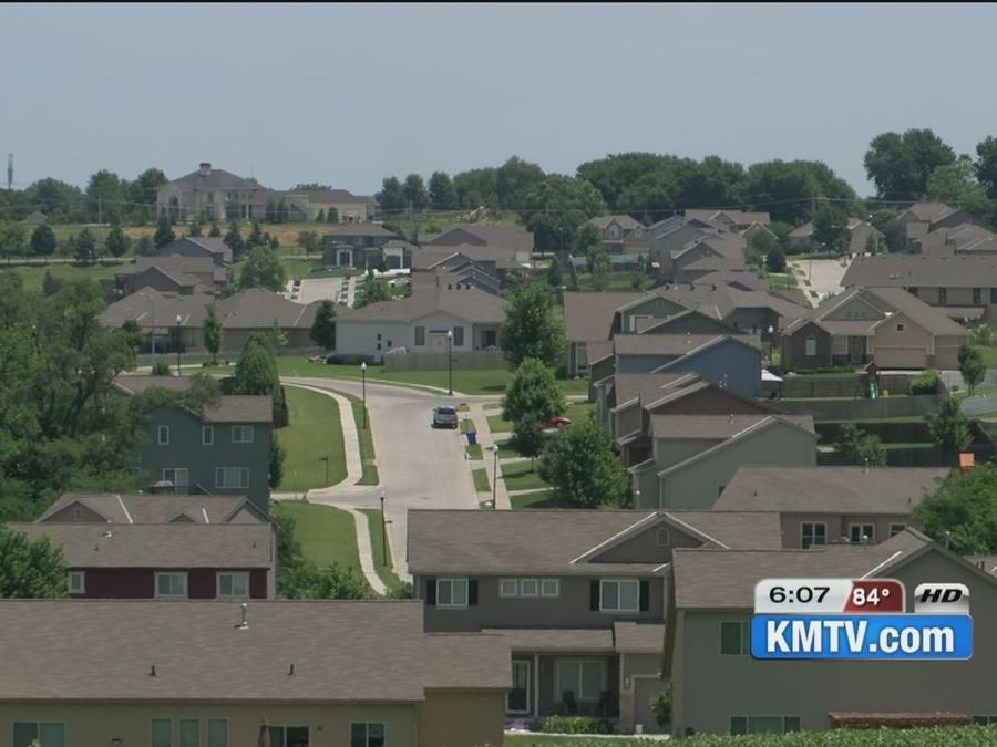 Omahans on edge of city reflect on westward growth