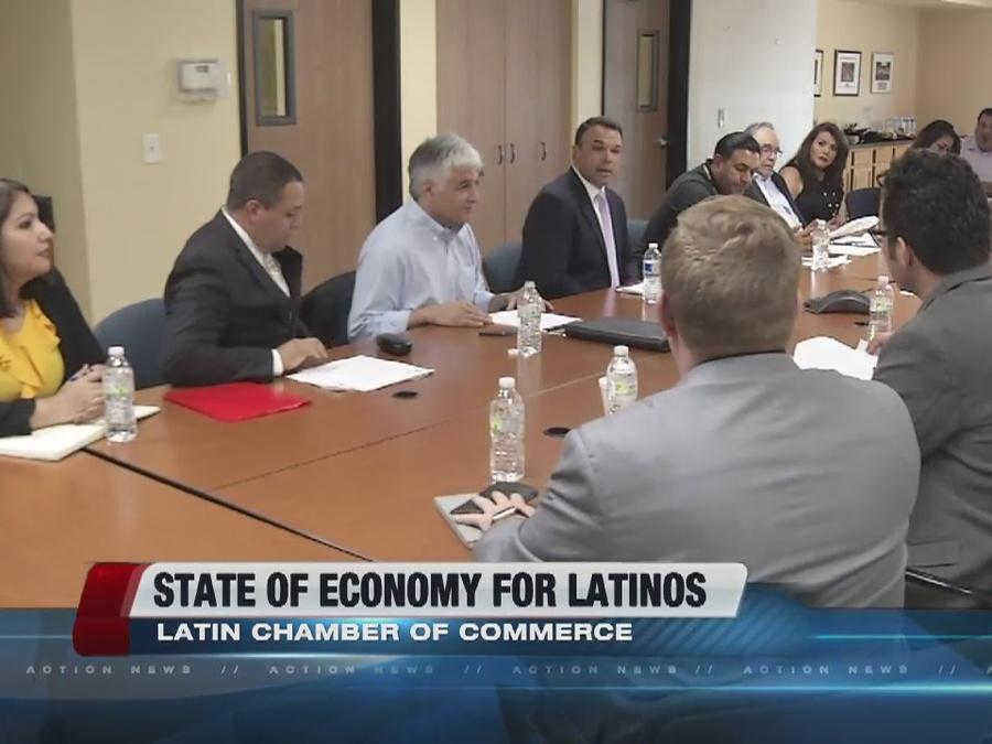 Latino Chamber of Commerce holds meeting