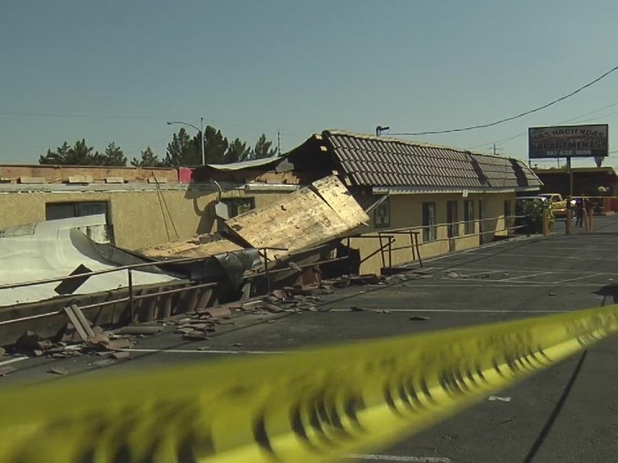UPDATE: Awning that collapsed in North Las Vegas to be removed