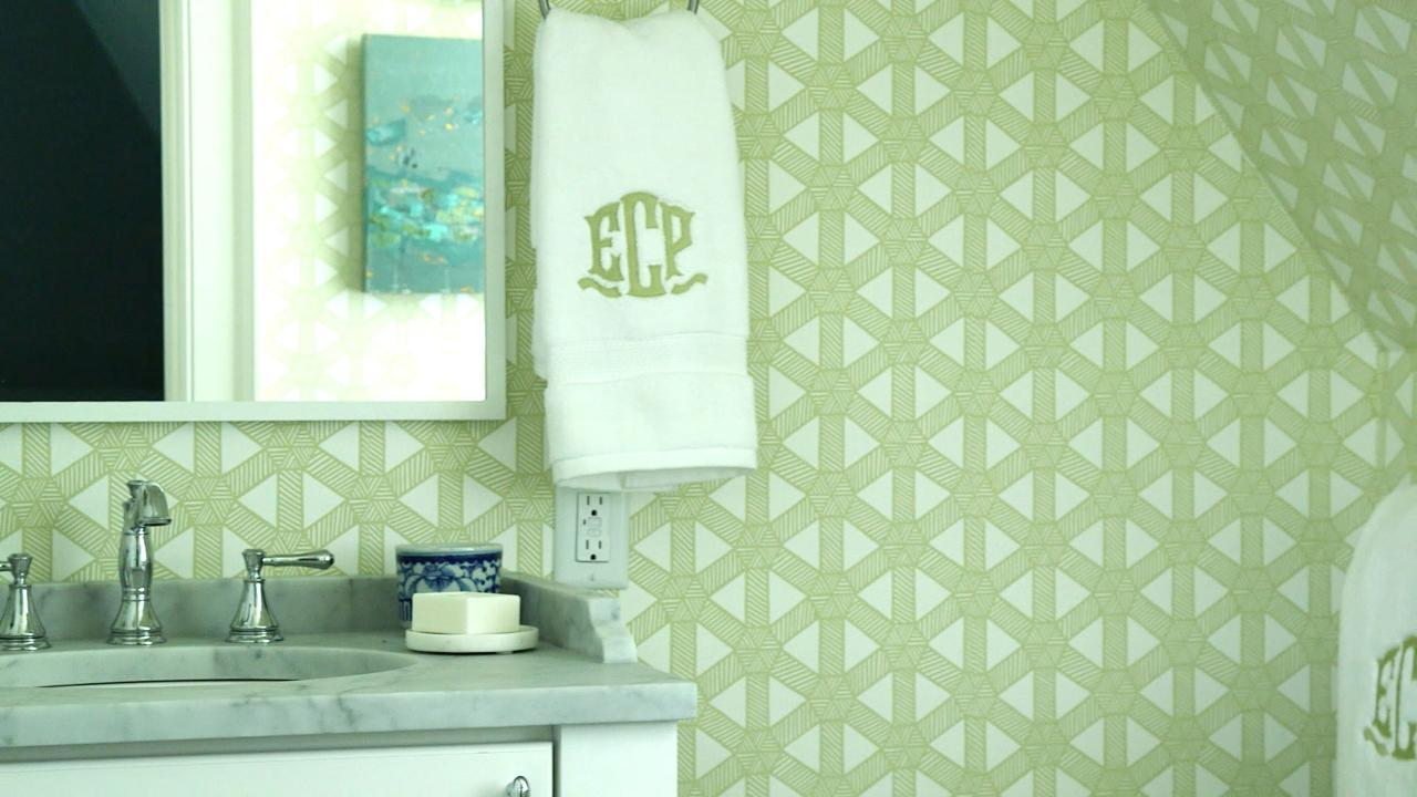 Choosing & Hanging Wallpaper