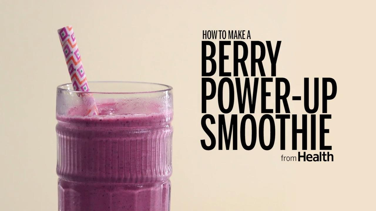 How to Make a Berry Power-Up Smoothie