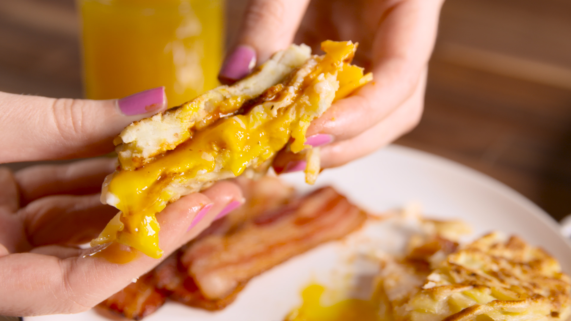 How to Make Hash Brown Breakfast Sandwiches