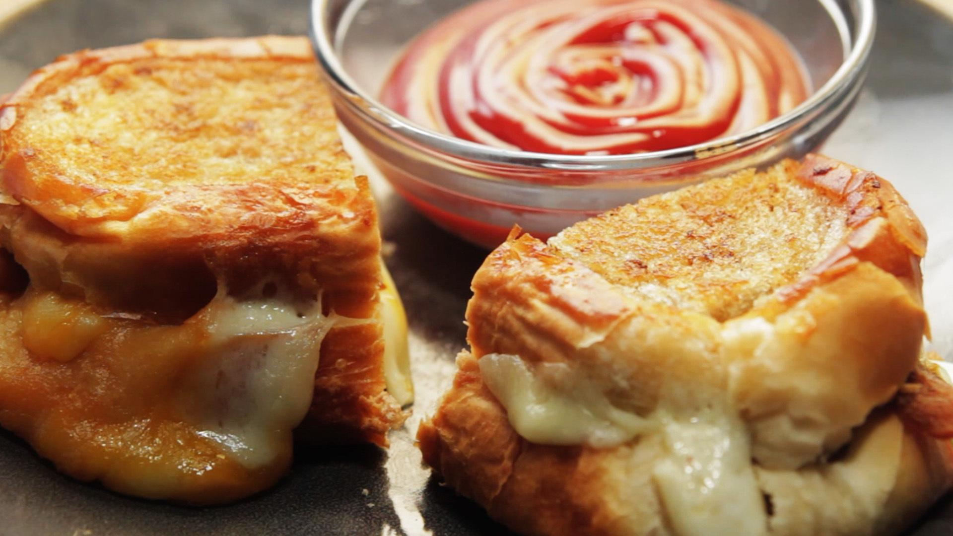 Fried Cheese Curd Grilled Cheese - Gormet Twist On a Comfort Classic