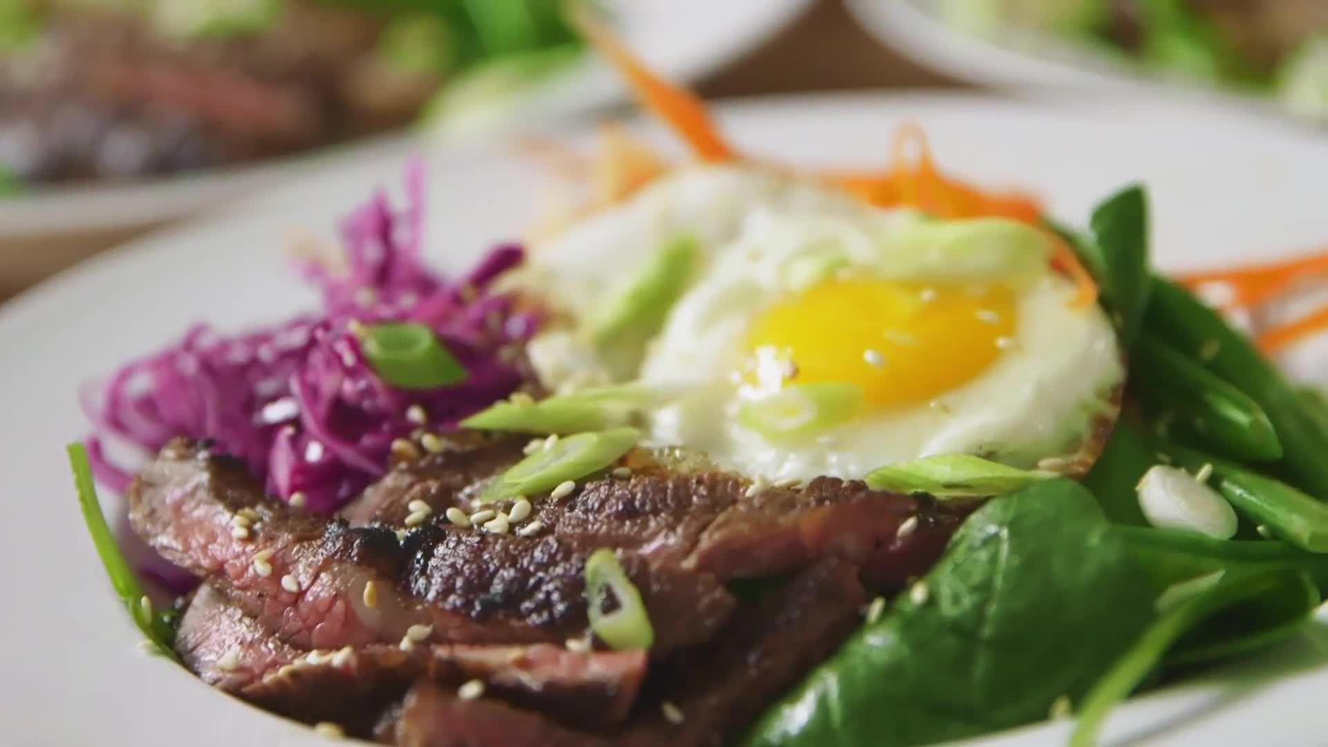 How to Make Korean-Style Steak Salad