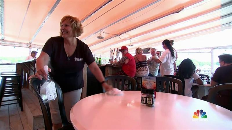 Maine's First Lady is Waiting Tables