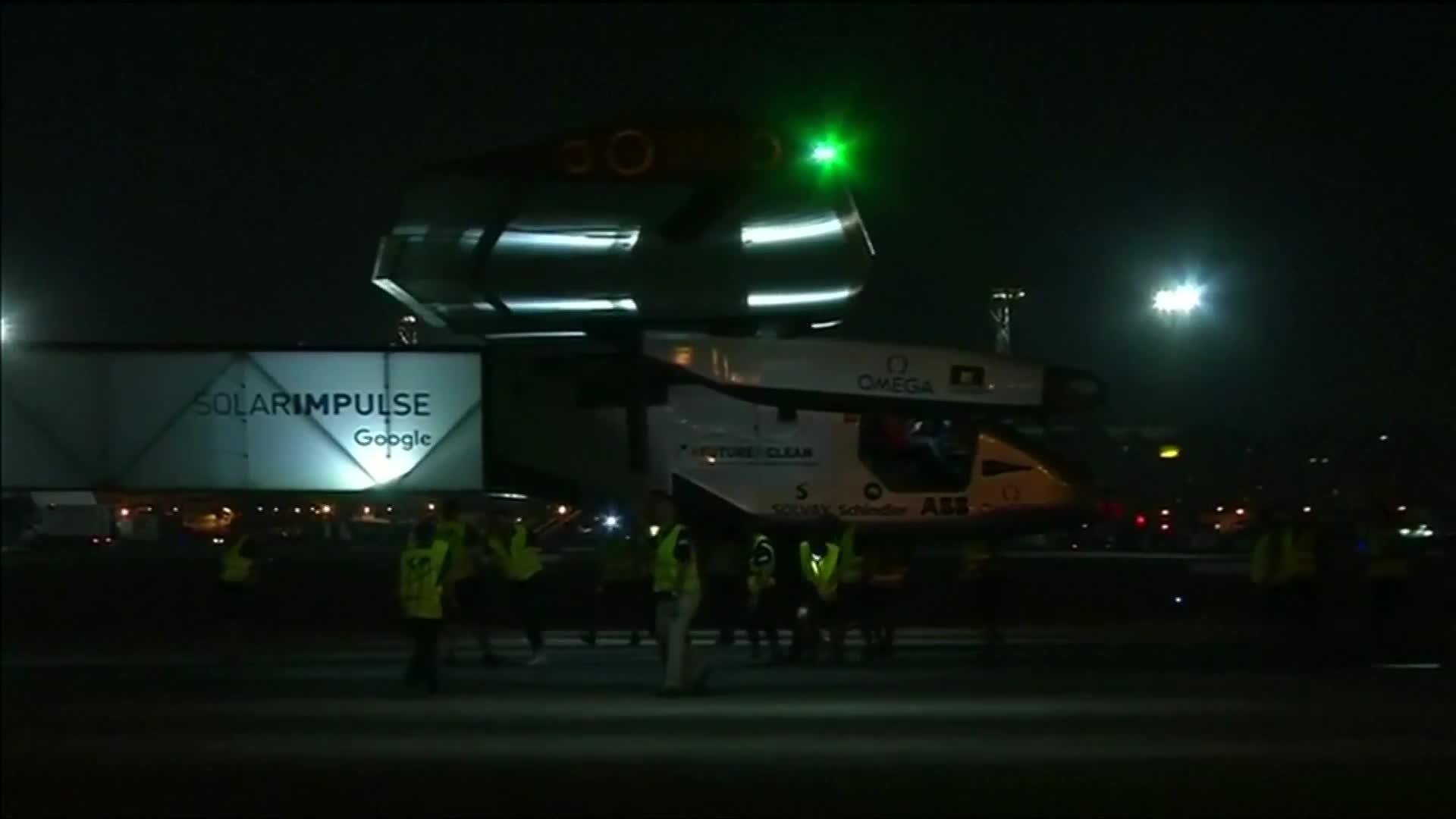 "Pilots prep for ""exhausting"" last leg of world solar flight"