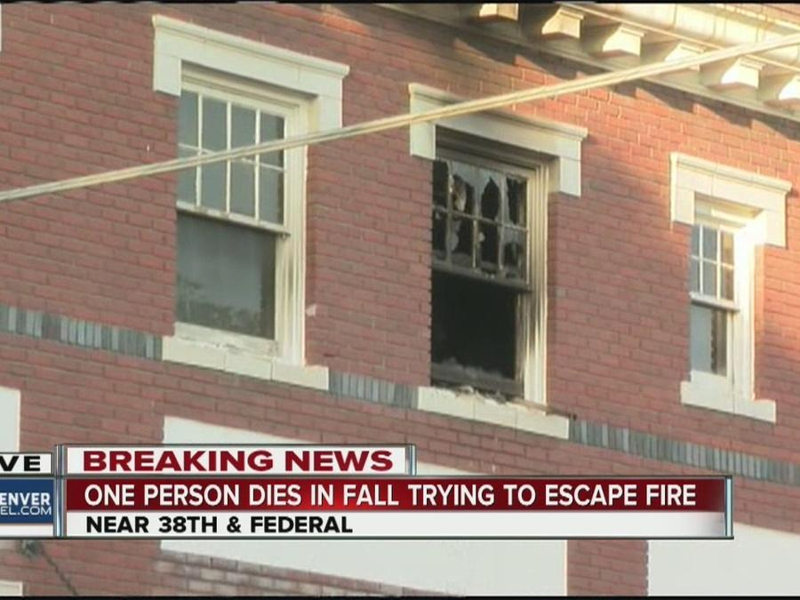 Man dies in fall at apartment fire