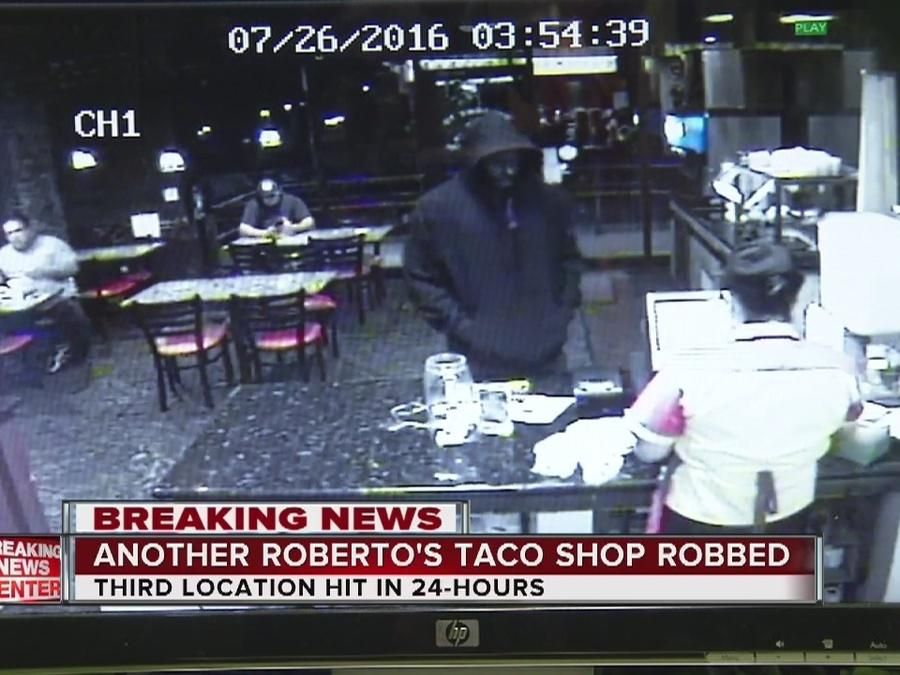 Roberto's robbed for second day in a row