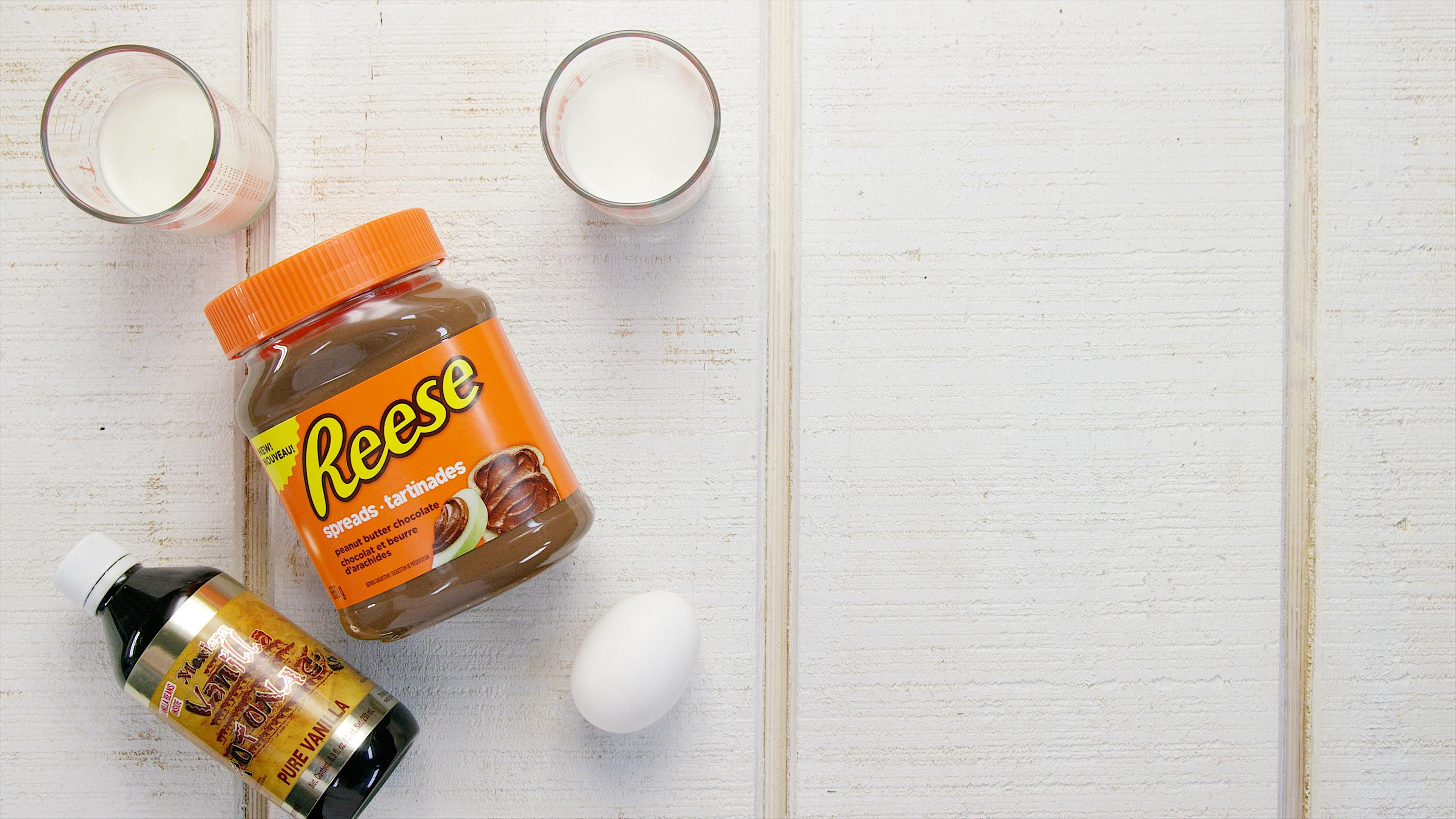 How to Make Reese's Peanut Butter Cup Ice Cream