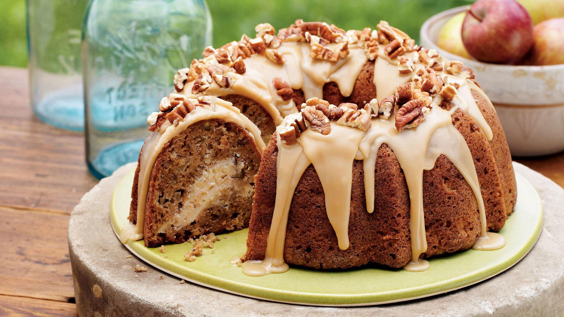apple cream cheese bundt cake recipe this beautiful apple cream cheese ...