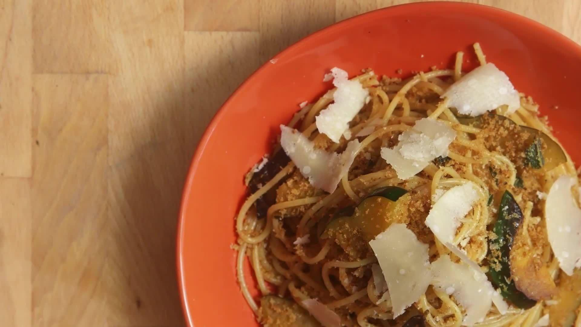 How to Make Easy Squash Pasta
