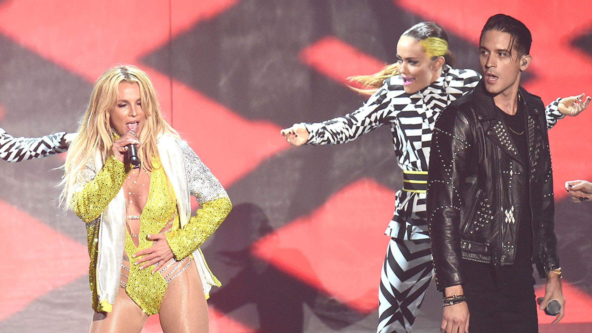 Britney Spears Makes Hot Return to MTV VMAs with 'Make Me' Performance
