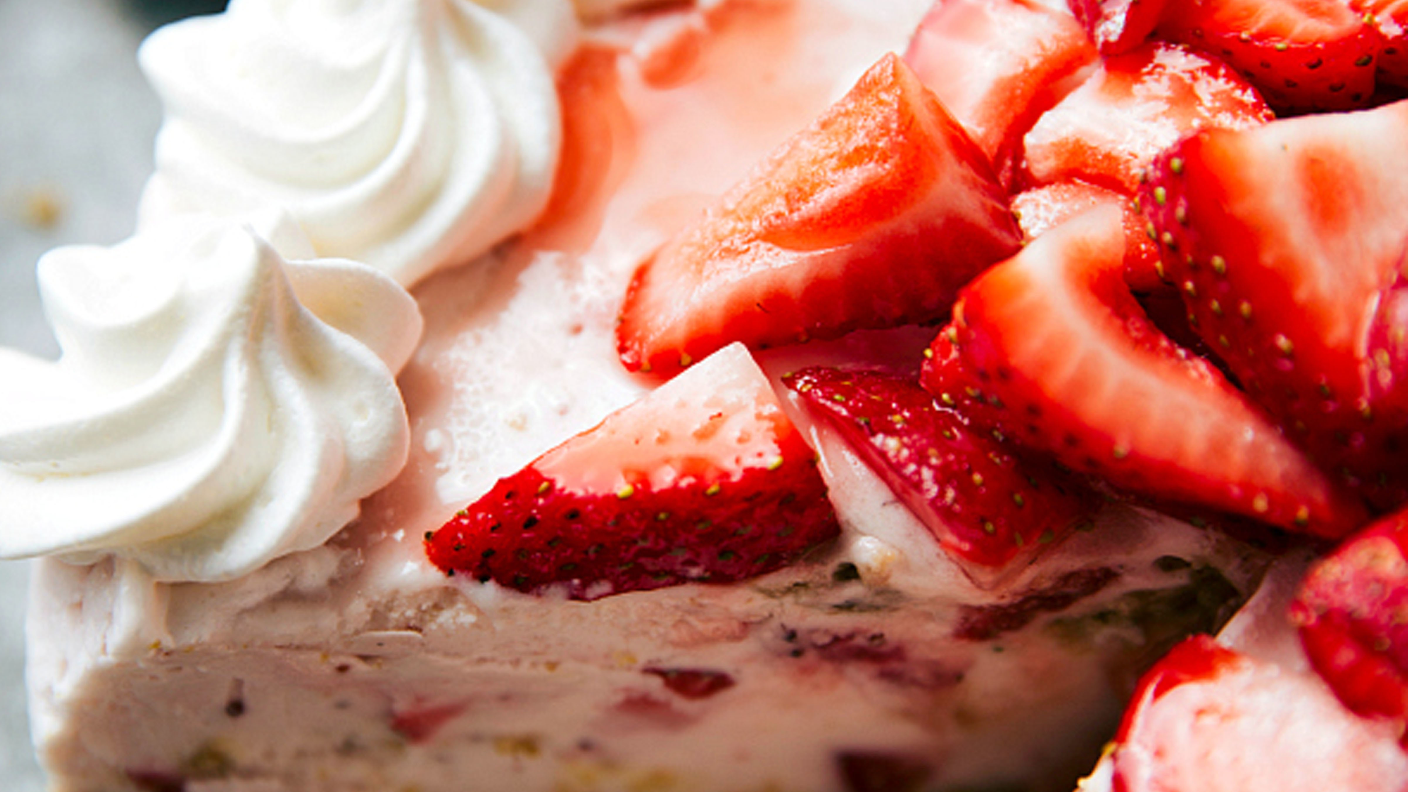Strawberry Cheesecake Ice Cream Pie Recipe