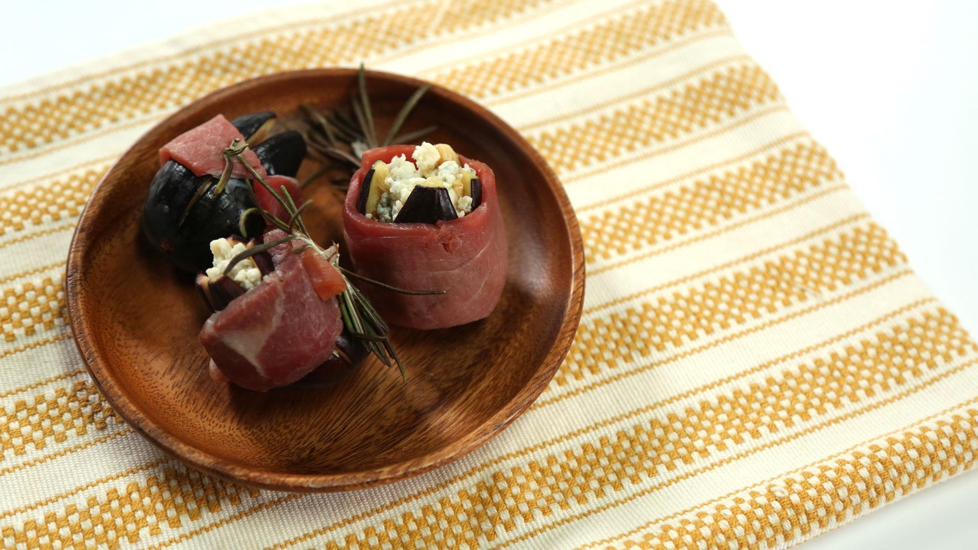 How to Make Ham-Wrapped Stuffed Figs