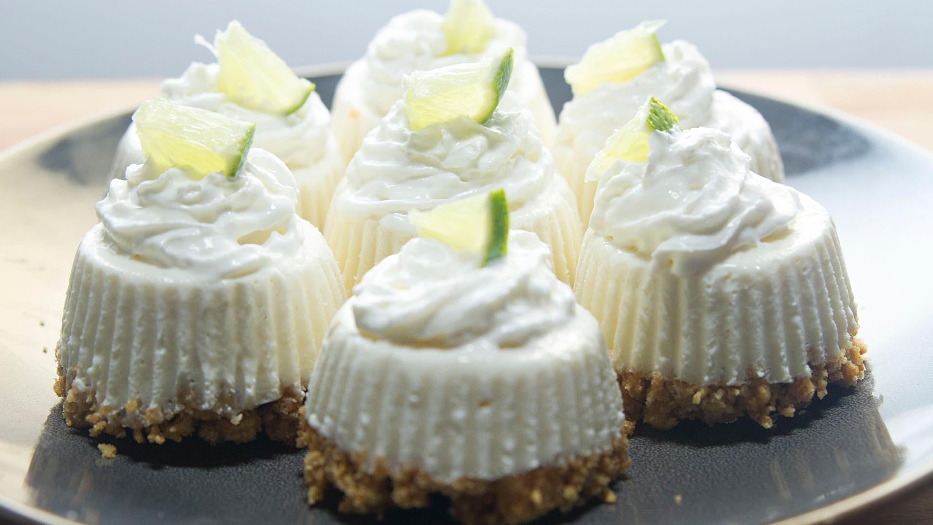 Key Lime Pie Cupcakes - So Sweet, So Mini!