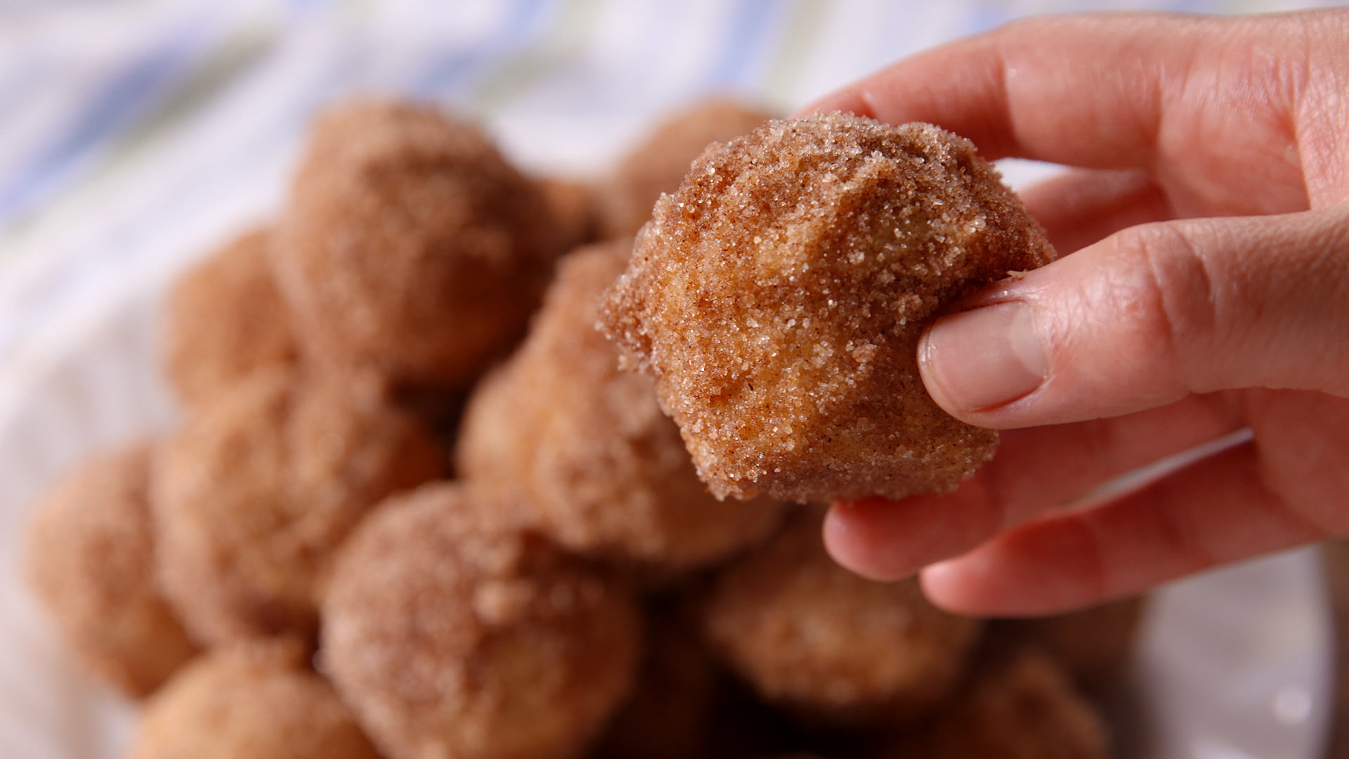 Churro Mini Muffins Recipe